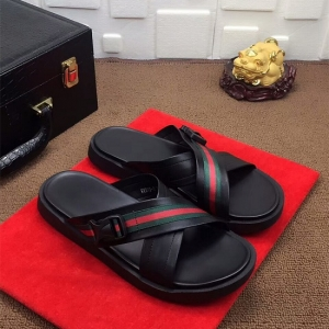 Gucci sandália chinelo couro Gucci