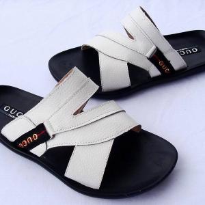 Sandália branca de couro Gucci