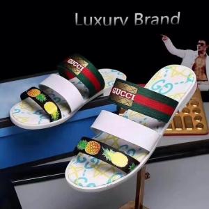 Sandália couro Gucci