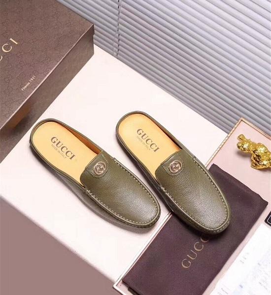 Sandália couro slipper Gucci