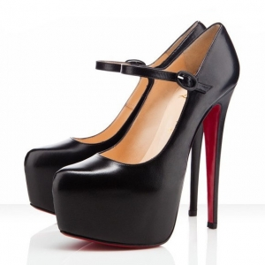 Sapato Mary Jane Plataforma 15cm. Christian Louboutin