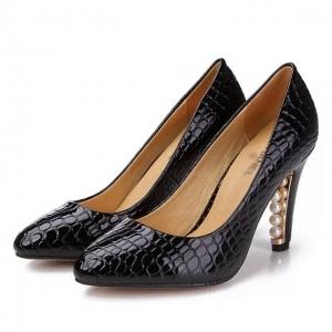 Sapato Salto Alto de Couro Chanel